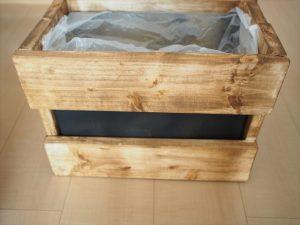SPF材と段ボールでリビング用木製ゴミ箱をDIYしました